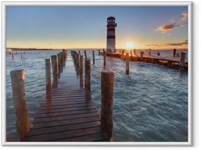 Ingelijste Poster Vuurtoren bij Meer Neusiedl bij zonsondergang