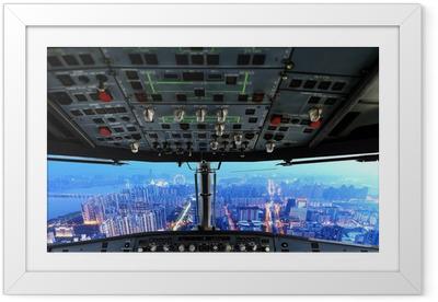 Ingelijste Poster Vliegtuig cockpit en de stad van de nacht