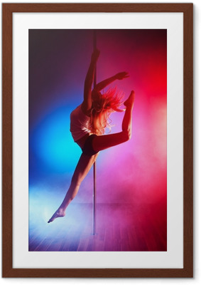Gerahmtes Poster Young pole dance woman