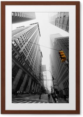 avenue new yorkaise Framed Poster