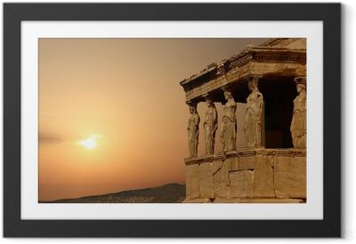 Plakat w ramie Kariatydy na ateński Akropol o zachodzie słońca, grecja
