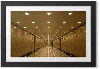 Poster i Ram Tunnel av ljus
