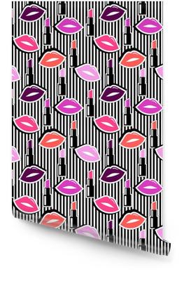 Nahtlose Muster mit bunten Abzeichen Form Lippen und Lippenstift auf schwarz gestreiften Hintergrund. Vektor-Illustration mit Lippen Aufkleber in Cartoon-80er-90er Jahre Comic-Stil. Tapetenrolle