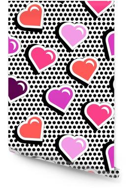 Naadloze patroon met kleurrijke badge vorm harten op zwarte dotty achtergrond. vectorillustratie met hart stickers in cartoon komische stijl 80s-90s. pop-art stijl herhalen textuur met rode harten. Behangrol