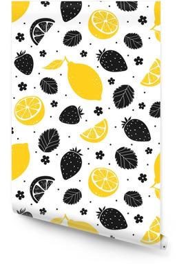 Aardbei en citroen naadloos patroon in gele en zwarte kleuren. vectorillustratie Behangrol