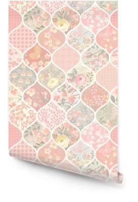 Modèle de patchwork sans couture avec des fleurs et des papillons Rouleau de papier peint